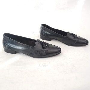 Fratelli Footwear Black Wingtip Loafers Size 10.5